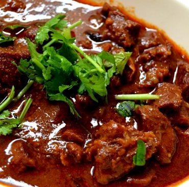 Curry de gigot d'agneau. Spécialité du Chef